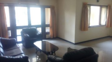 2-BHK-flat-for-sale-at-Satellite-Towers-Koregaon-Park-Pune-living1-300x225