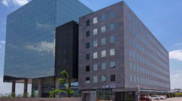 World-Trade-Center-Kharadi-Pune-Exterior2-300x225